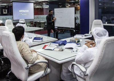 أفضل معهد انجليزي في دبي The best English institute in Dubai